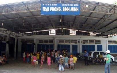 Vui chơi cùng trẻ em nghèo trại phong Bình Minh (19/05/2013)